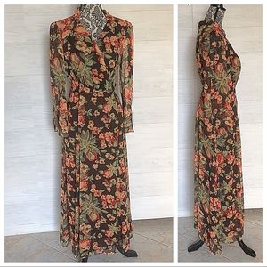 Hot in Hollywood Maxi Dress Floral long sleeve